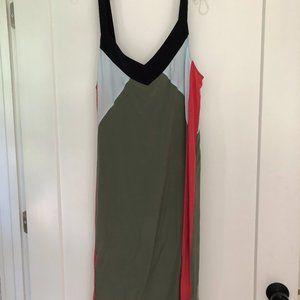Equipment sleeveless silk dress
